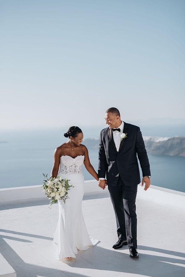 breathtaking-elopement-in-santorini_01
