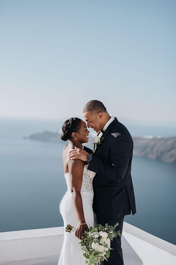 breathtaking-elopement-in-santorini_02