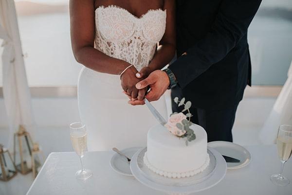 breathtaking-elopement-in-santorini_11