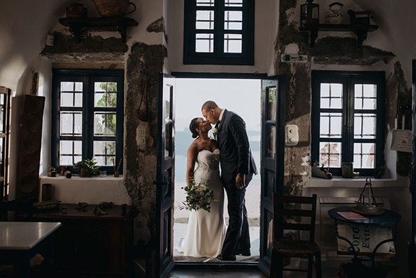 breathtaking-elopement-in-santorini_13
