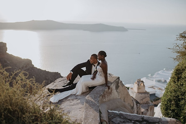 breathtaking-elopement-in-santorini_13x