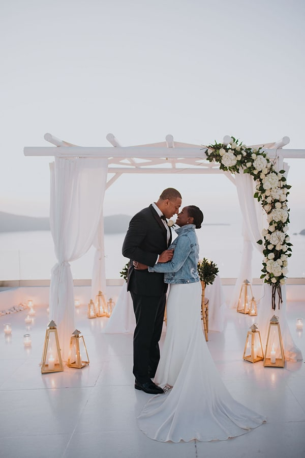 breathtaking-elopement-in-santorini_16