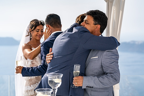 intimate-modern-wedding-santorini_18