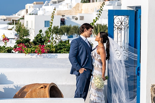 intimate-modern-wedding-santorini_24