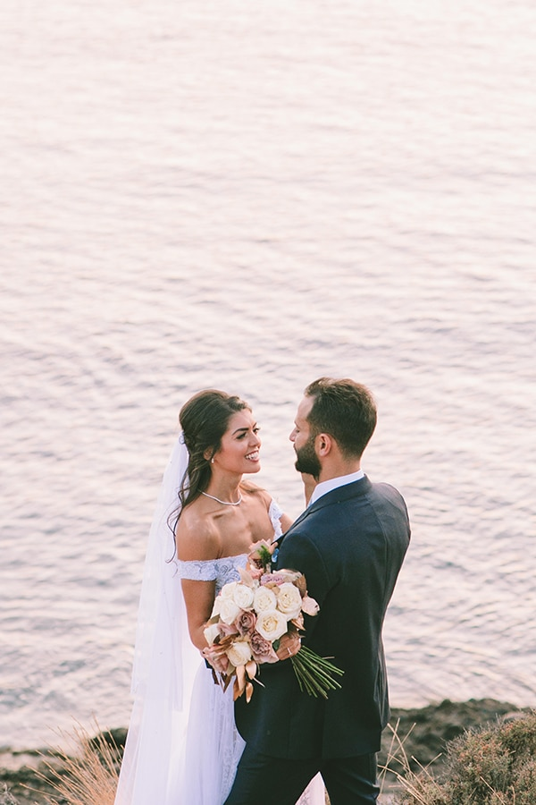 pretty-wedding-athens-dusty-pink-flowers_03x