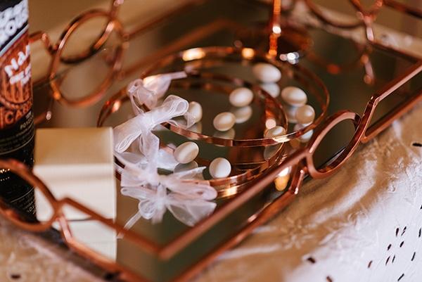 bloomed-fall-wedding-breathtaking-view-santorini-island_05