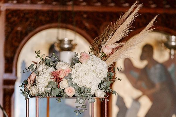 bloomed-fall-wedding-breathtaking-view-santorini-island_07