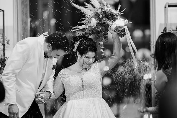 bloomed-fall-wedding-breathtaking-view-santorini-island_14