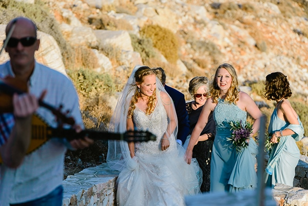 gorgeous-rustic-beach-wedding-sifnos_30