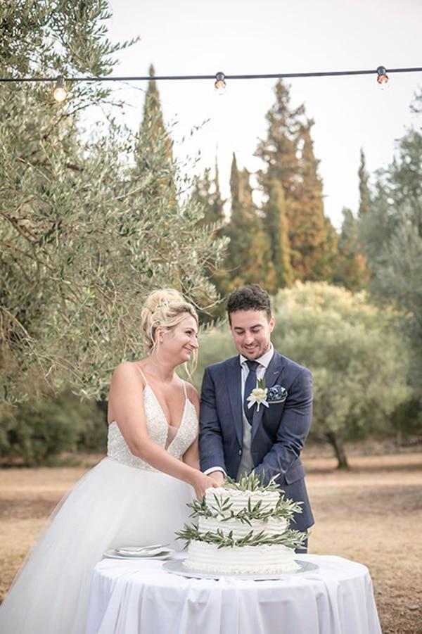 romantic-summer-wedding-wonderful-olive-grove-kefalonia-island_26