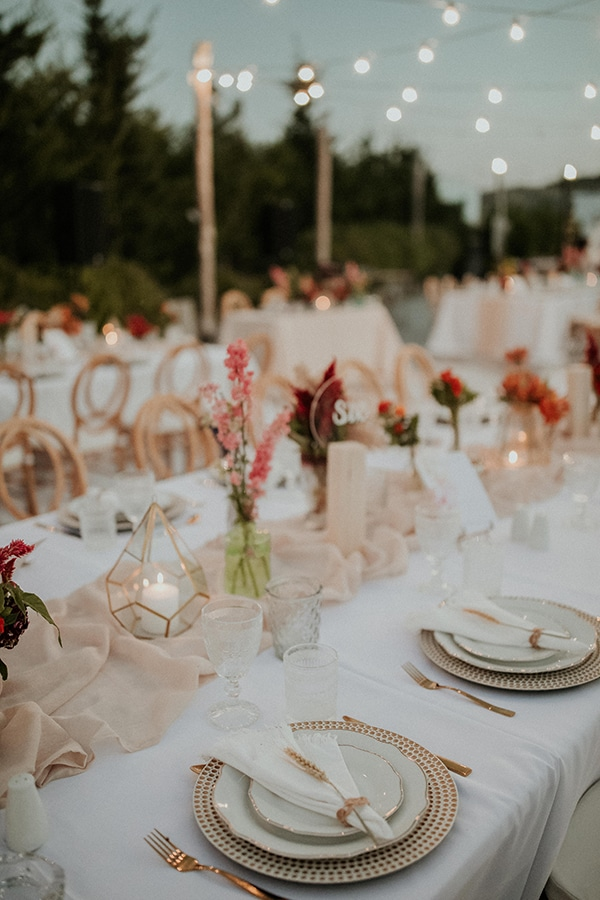 rustic-summer-wedding-nicosia-string-lights-flowers-vivid-colors_53