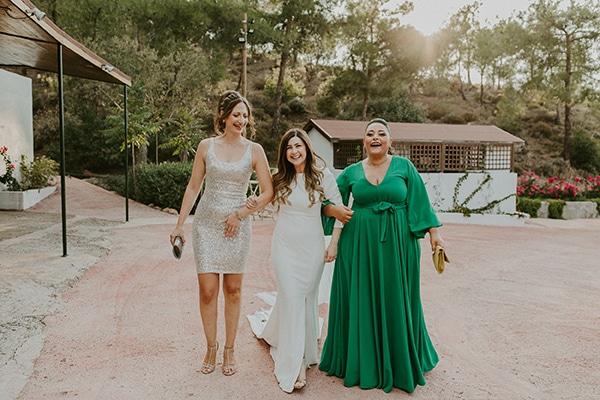 al-fresco-rustic-wedding-cyprus-soft-colors_15