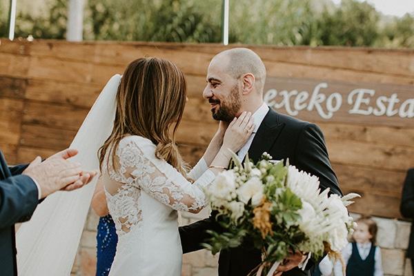al-fresco-rustic-wedding-cyprus-soft-colors_17
