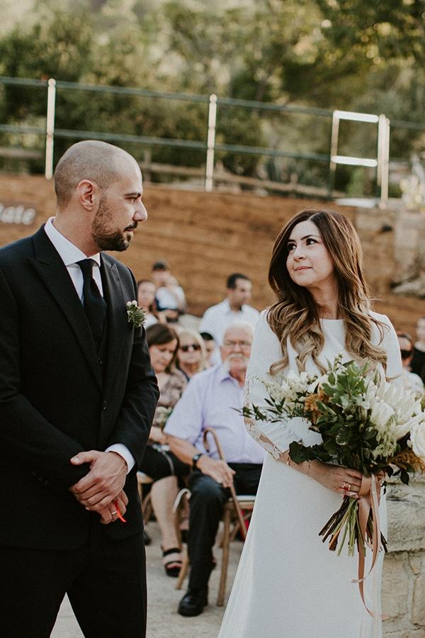 al-fresco-rustic-wedding-cyprus-soft-colors_21