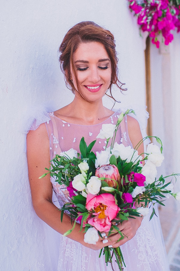beautiful-summer-wedding-bougainvillea-folegandros_03x