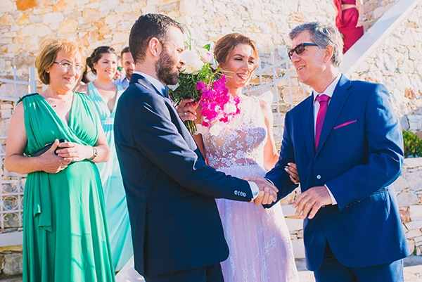 beautiful-summer-wedding-bougainvillea-folegandros_30x