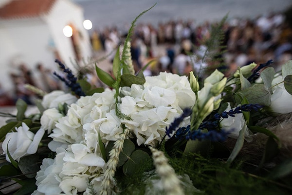 bohemian-summer-wedding-kythnos-pampass-grass-white-flowers_18