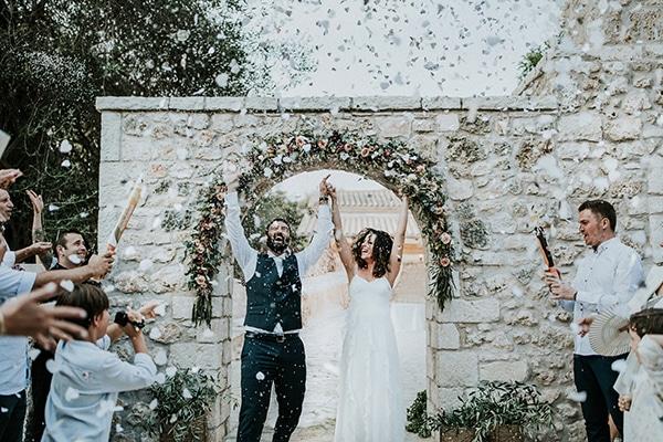 The dreamiest olive grove wedding | Zoi & Giannis