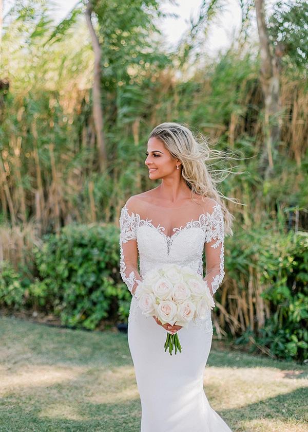 dreamy-elegant-wedding-athens-white-flowers-fairy-lights_02