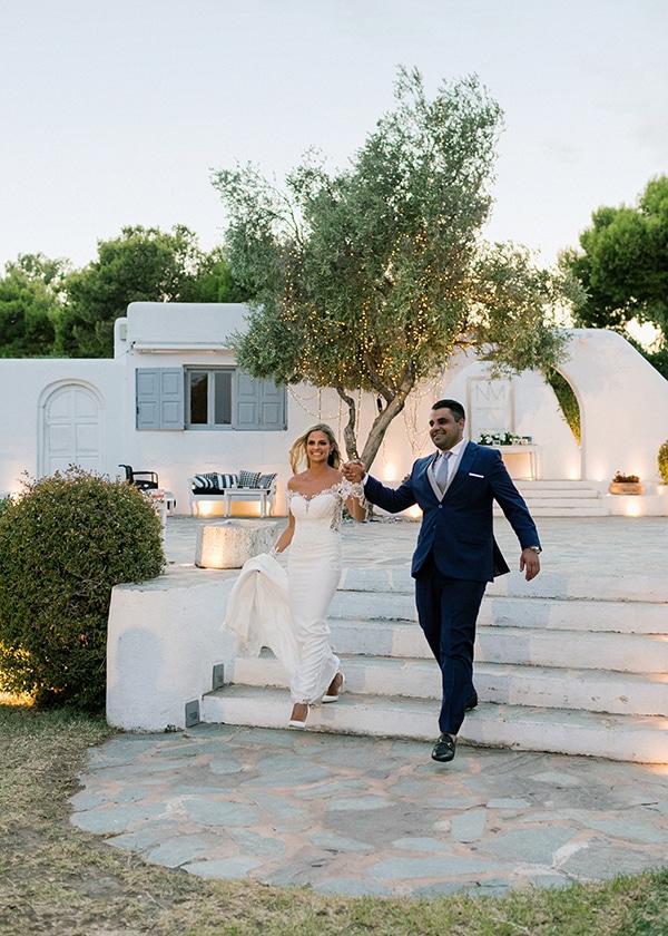 dreamy-elegant-wedding-athens-white-flowers-fairy-lights_12