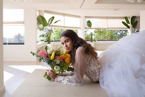 dreamy-styled-shoot-athenian-riviera-romantic-elegant-decoration_05
