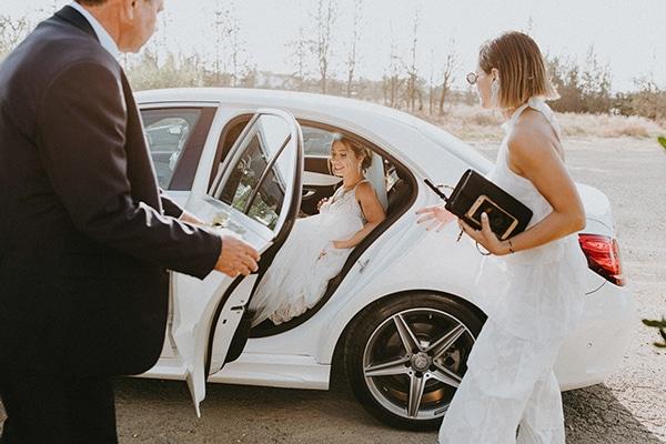 glamorous-wedding-full-romance-lapatsa-countryside_13