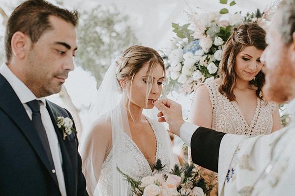 glamorous-wedding-full-romance-lapatsa-countryside_15