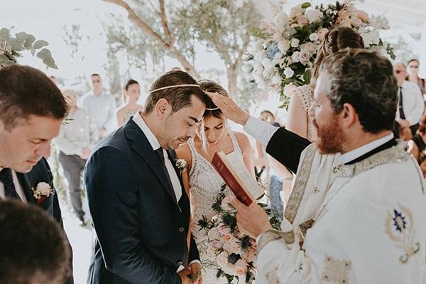 glamorous-wedding-full-romance-lapatsa-countryside_17