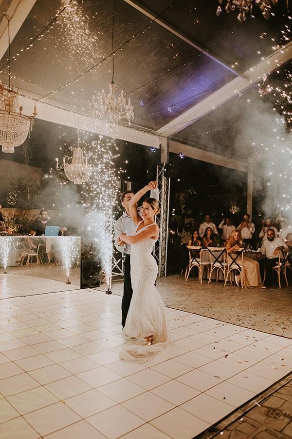 glamorous-wedding-full-romance-lapatsa-countryside_36