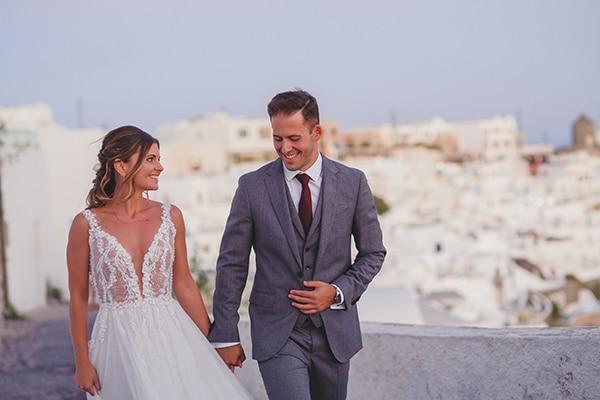 intimate-blue-white-wedding-imerovigli-santorini_01x