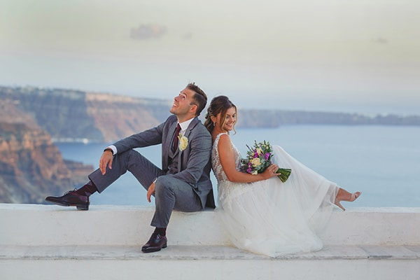 intimate-blue-white-wedding-imerovigli-santorini_03