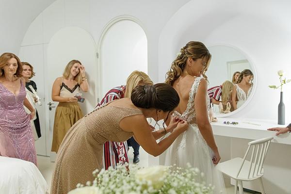 intimate-blue-white-wedding-imerovigli-santorini_08