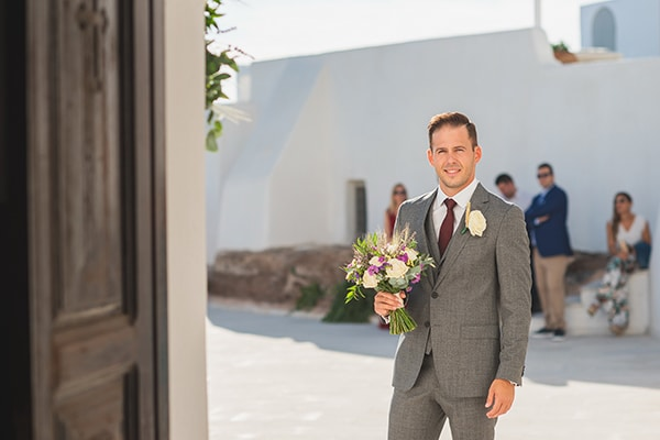 intimate-blue-white-wedding-imerovigli-santorini_16