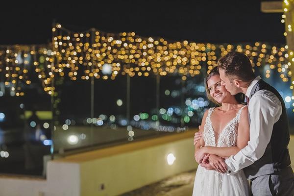 intimate-blue-white-wedding-imerovigli-santorini_26