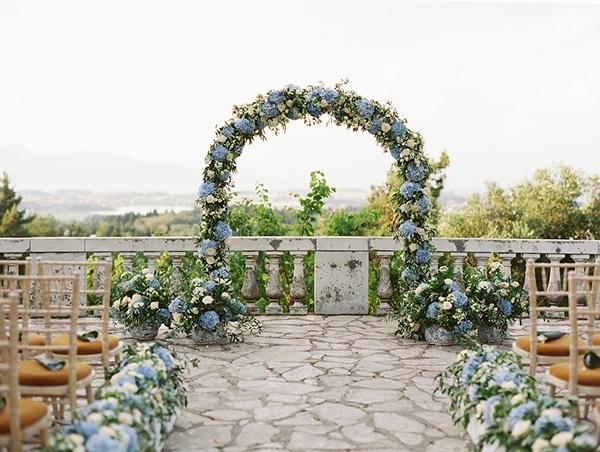 intimate-wedding-corfu-timeless-white-romantic-dusty-blues_07x