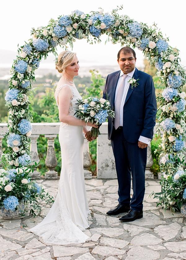 intimate-wedding-corfu-timeless-white-romantic-dusty-blues_10
