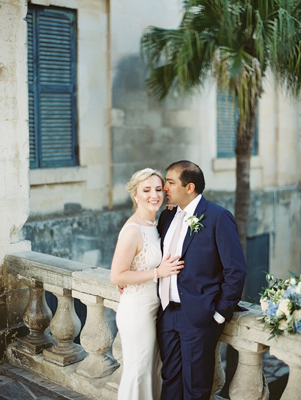 intimate-wedding-corfu-timeless-white-romantic-dusty-blues_49