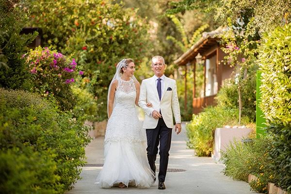 lush-garden-style-wedding-parga-touches-elegance_21