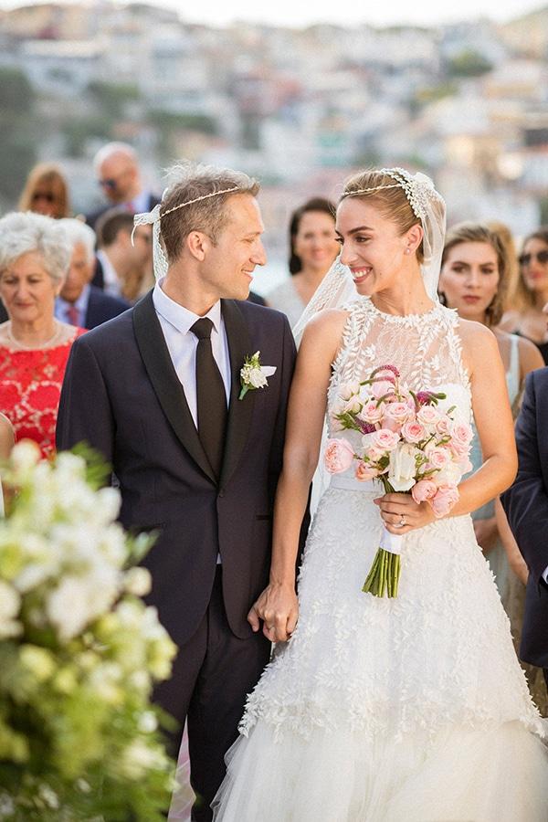 lush-garden-style-wedding-parga-touches-elegance_28x