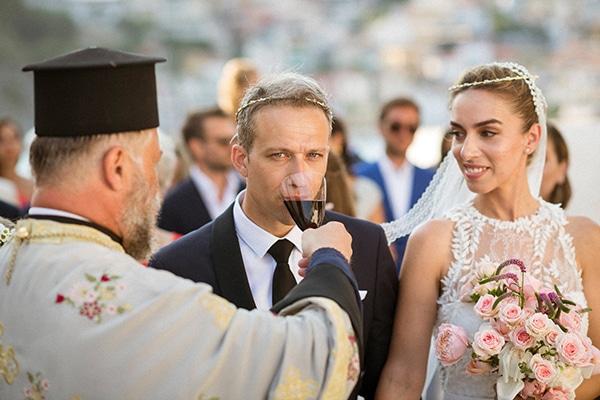 lush-garden-style-wedding-parga-touches-elegance_29