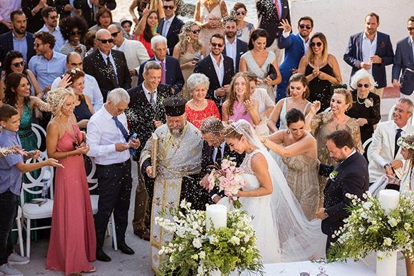 lush-garden-style-wedding-parga-touches-elegance_29x