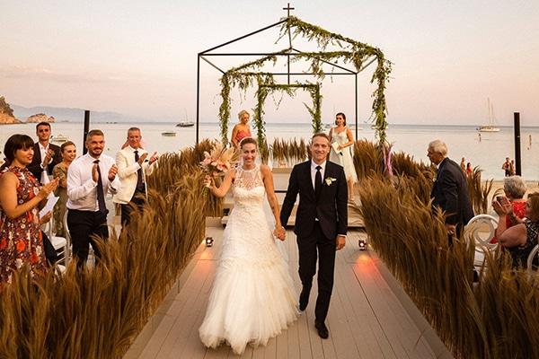 lush-garden-style-wedding-parga-touches-elegance_33