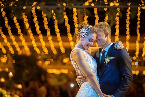 lush-garden-style-wedding-parga-touches-elegance_51