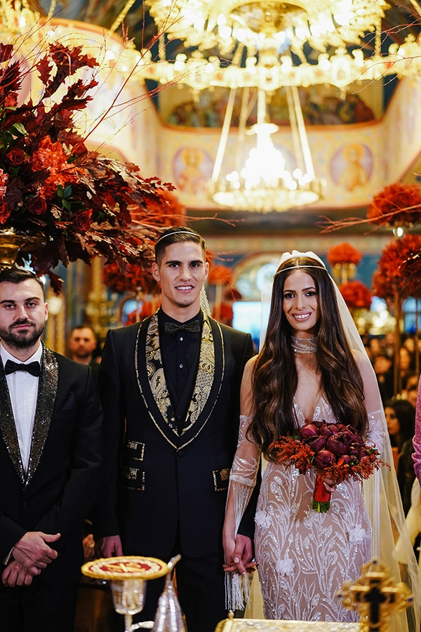 luxe-wedding-limassol-red-gold-accents_10x