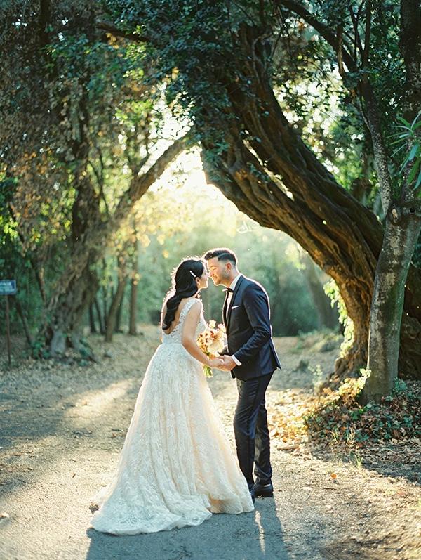 romantic-summer-wedding-corfu-island-pink-hues_01