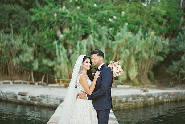 romantic-summer-wedding-corfu-island-pink-hues_02
