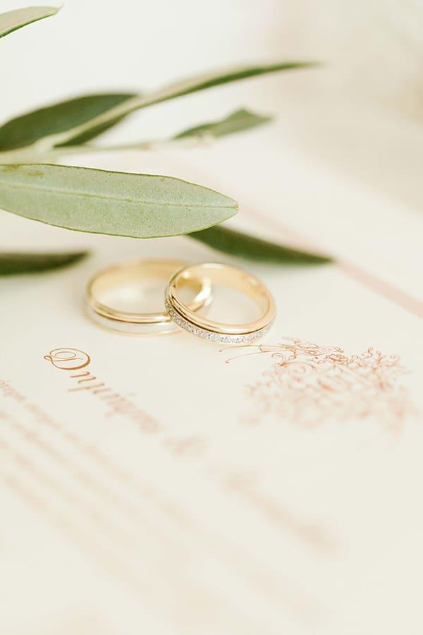 romantic-summer-wedding-corfu-island-pink-hues_10x