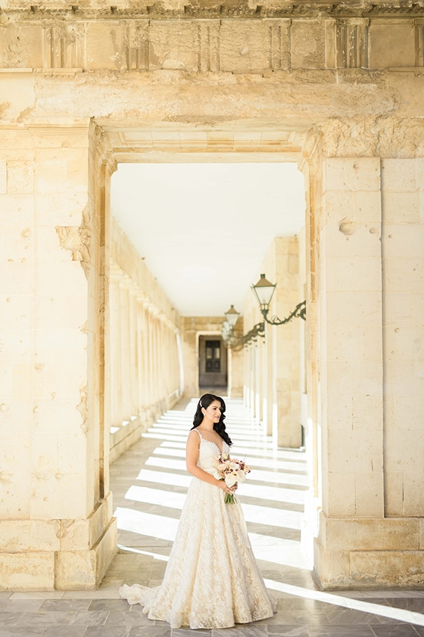 romantic-summer-wedding-corfu-island-pink-hues_11