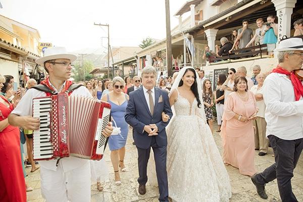 romantic-summer-wedding-corfu-island-pink-hues_18