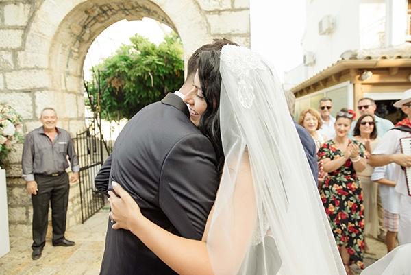 romantic-summer-wedding-corfu-island-pink-hues_19